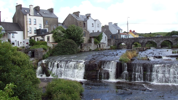 Ennistymon falls, River Inagh, Co Clare